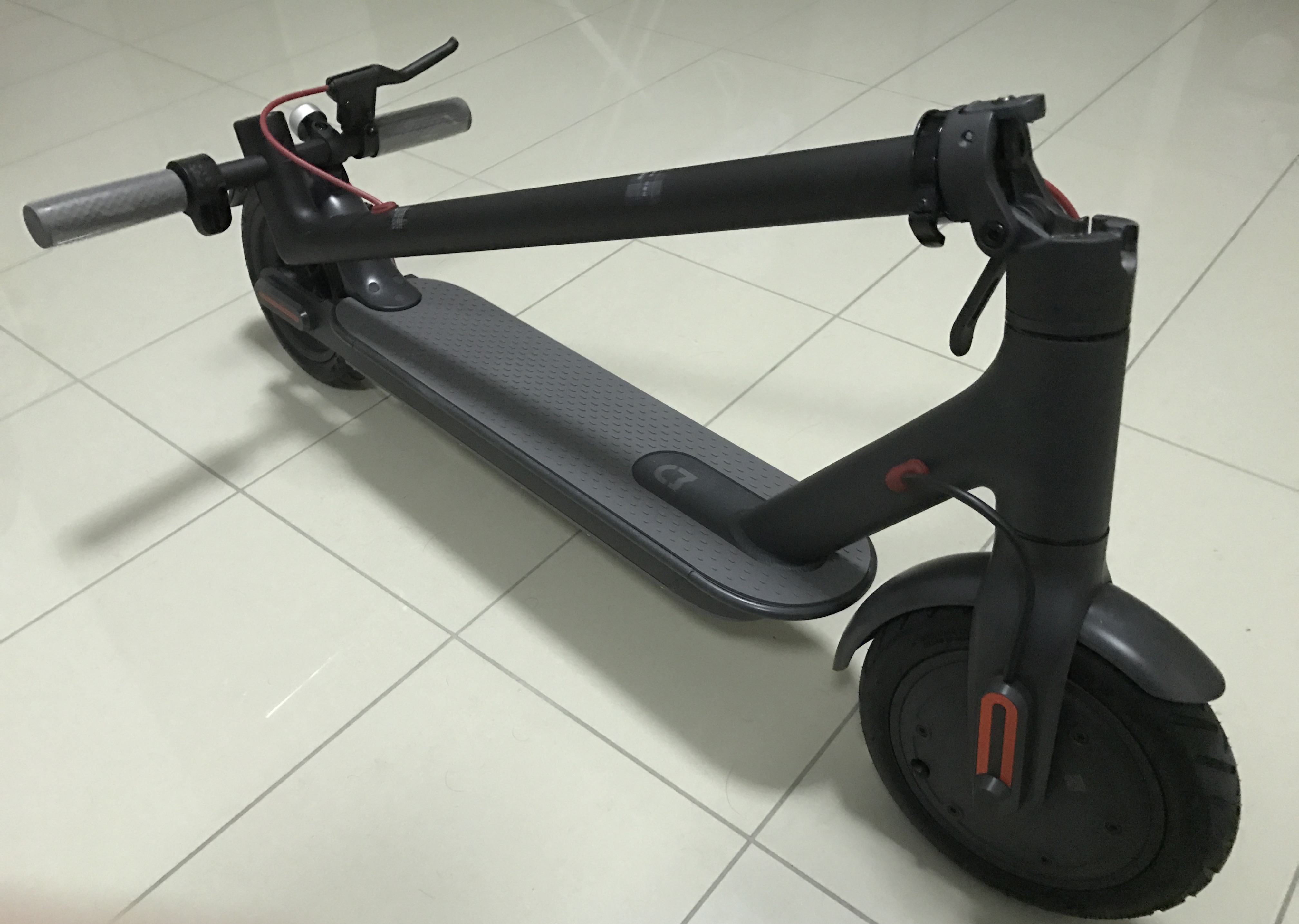 The Xiaomi M365 Electric Scooter | Benny Ling's Bling